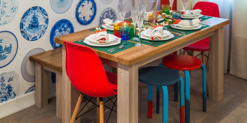 Кухня Голландия. Стол, лавка от Lokkart. Стулья от stulyev.net