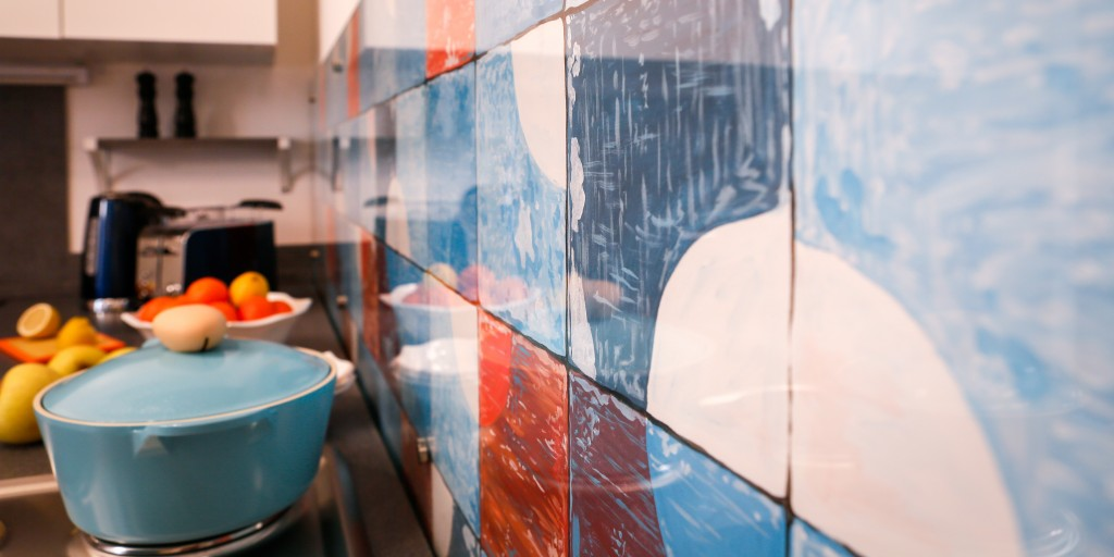 Кухня Голландия. Фартук от Андрея Захарова и АртДекор (закалённое стекло)